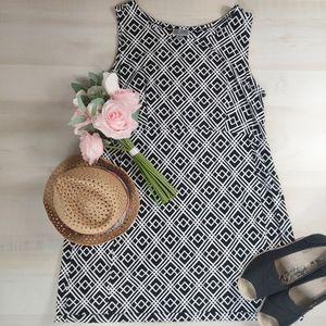 JM collection black & white print easy wear dress